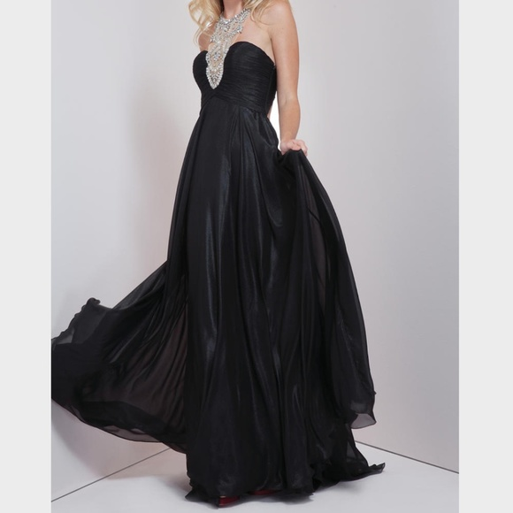 Mignon Dresses & Skirts - Mignon Embellished Neck Gown